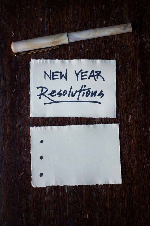 new years resolutions flash cards with pen
